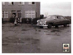 N-449 Ford in Brabant Grensrit 1951 (foto: Ad de Groot; collectie ETAG)